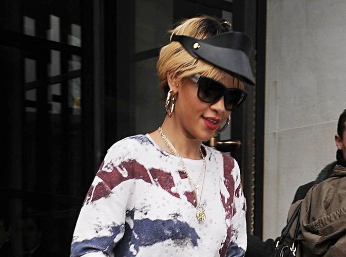 Rihanna : elle prend encore la défense de Chris Brown !