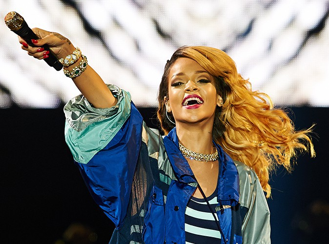 Rihanna : elle se pointe avec trois heures de retard à son concert monégasque !