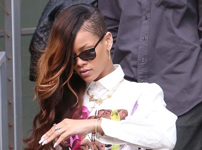 Rihanna : les autorités ont trouvé de la drogue dans son bus de tournée…