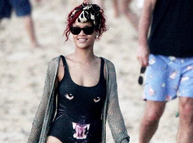 Rihanna : matez son maillot de bain en hommage à Bob Marley !