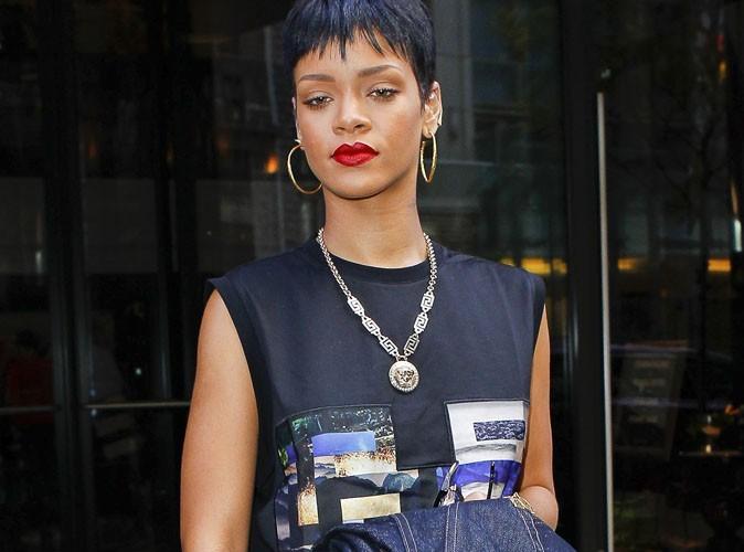 Rihanna : on lui offre 6 millions d'euros pour illuminer un centre commercial à Noël !