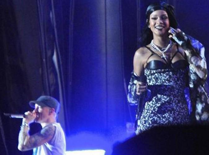Rihanna : Surprise ! Elle rejoint Eminem sur scène à Chicago !