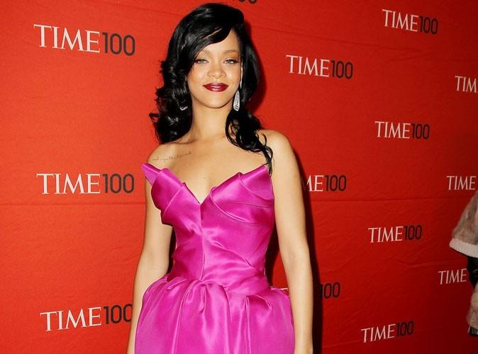 Rihanna : terrorisée par des abeilles !