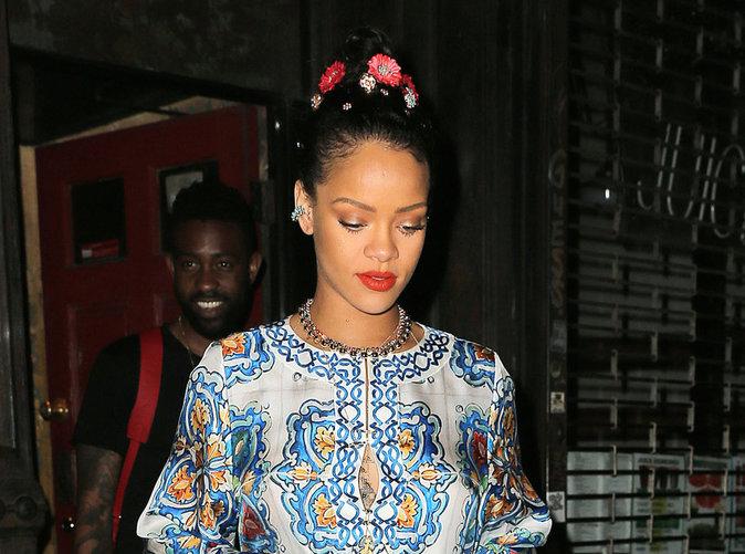 """Rihanna : Un déhanché """" très culotté """" qui donne le tournis!"""