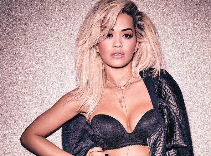 """Rita Ora évoque sa première relation sexuelle : """"J'avais 14 ans"""" !"""