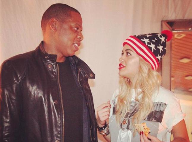 """Rita Ora : les fans de Beyoncé l'accusent d'être la """"Becky"""" de JayZ"""