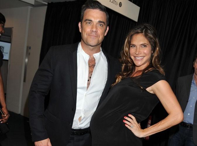 """Robbie Williams : """"Tout ce que je veux, c'est que ma fille ait les bonnes manières"""" !"""