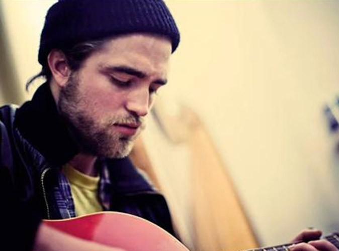 Robert Pattinson : écoutez sa chanson d'amour ... pour Kristen Stewart ?