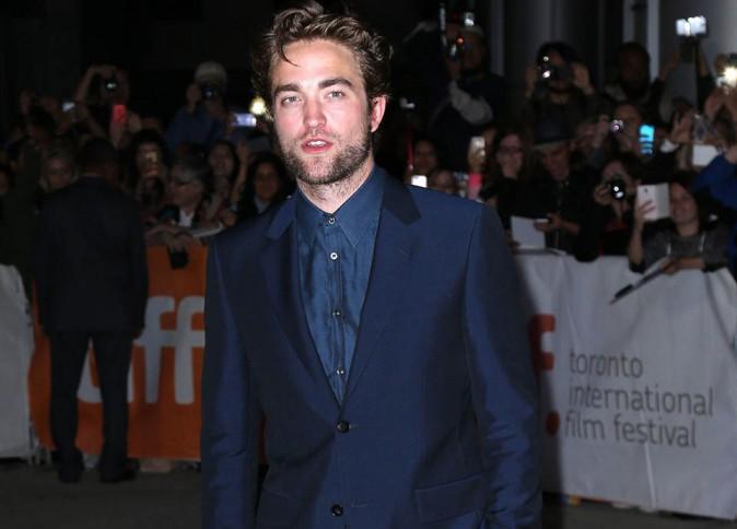 Robert Pattinson se met au sport pour assurer face à sa bombe de copine !