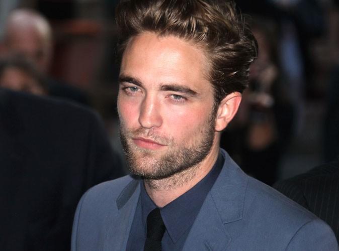 """Robert Pattinson : """"Une rupture c'est comme la fin du monde"""""""