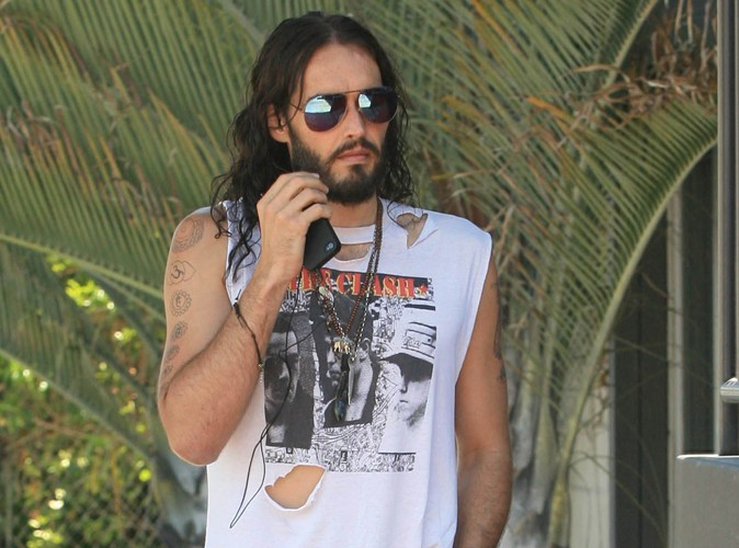 Russell Brand : jugé pour destruction de portable !