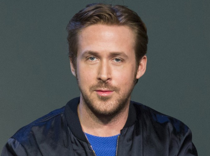 ryan gosling rend hommage son plus grand fan r cemment d c d. Black Bedroom Furniture Sets. Home Design Ideas
