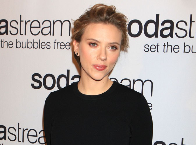 Scarlett Johansson : elle poursuit sa collaboration avec SodaStream, et met un terme à son rôle d'ambassadrice de l'ONG Oxfam !