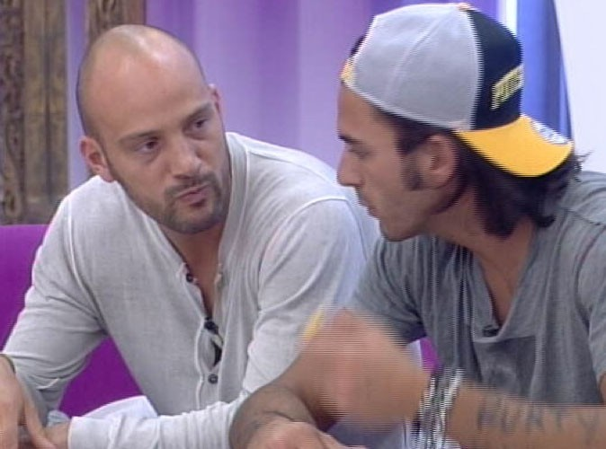 Secret Story 6 : Thomas a trouvé le secret de Kevin, Virginie et Caroline