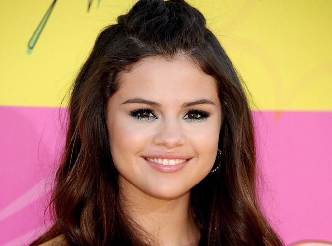 Selena Gomez : elle a vraiment envie d'être la meilleure des grandes sœurs !