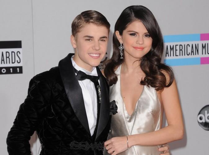 Selena Gomez et Justin Bieber sur leur trente et un pour célébrer une belle union !