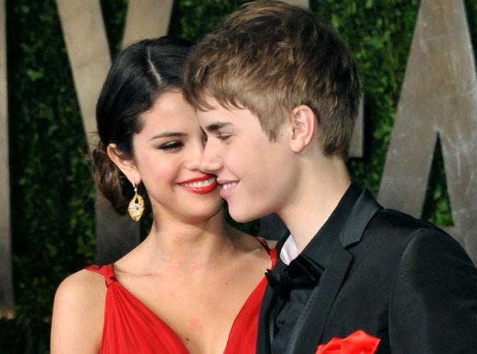 Selena Gomez : parler de Justin Bieber la fait rougir !