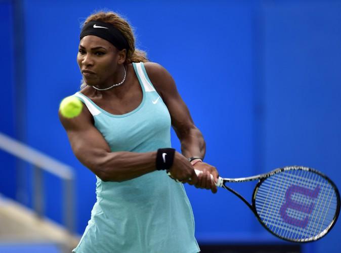 """Serena Williams comparée à un homme : """"Ces propos sont extrêmement sexistes et racistes !"""""""