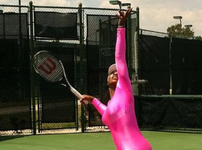Serena Williams : elle a repris le tennis dans une tenue très spéciale…regardez !