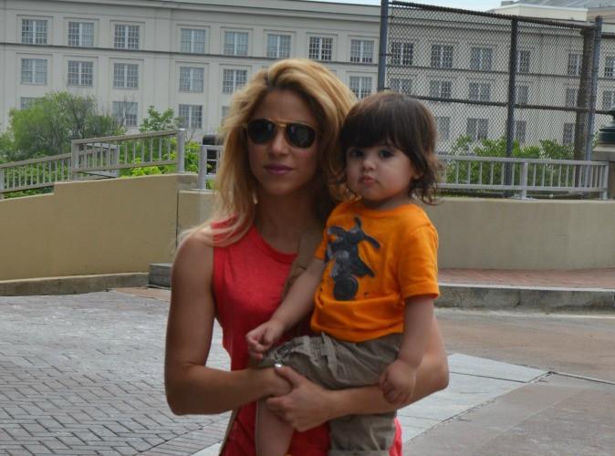 Shakira : la chanteuse serait enceinte de son deuxième enfant !