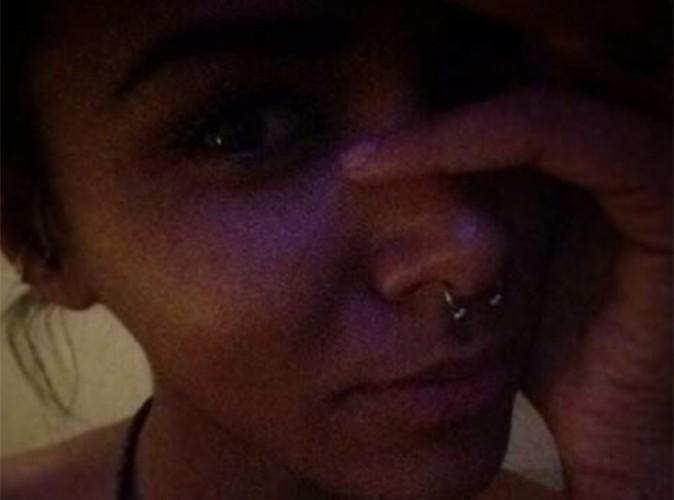 Shy'm : vachement fière, elle nous présente son anneau au nez !