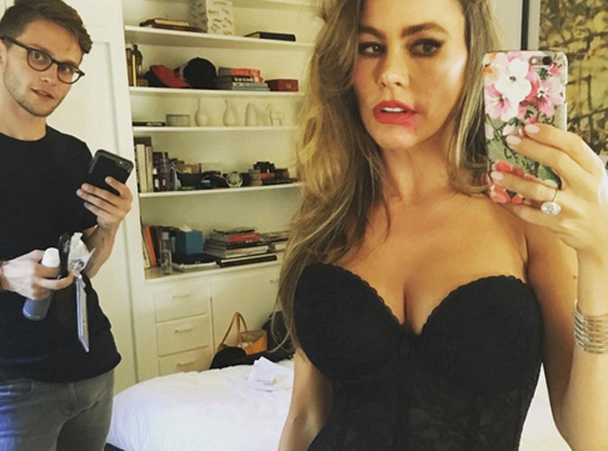 Sofia Vergara : Une photo hot où elle pose en lingerie fine affole la toile !