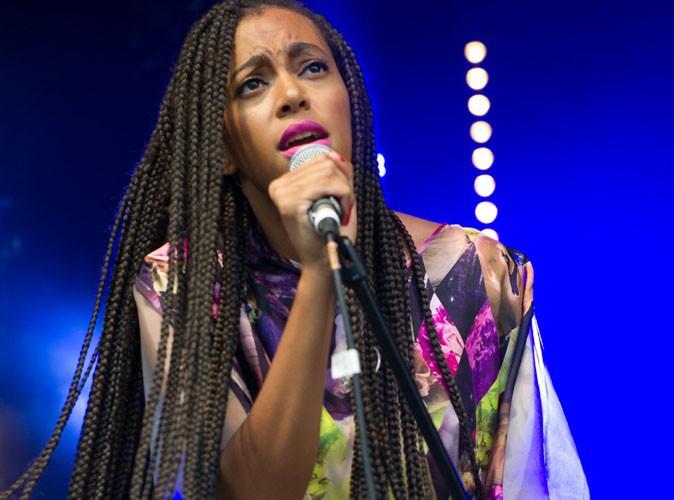 """Solange Knowles : elle fait un break pour préserver sa santé """"mentale et physique"""" !"""