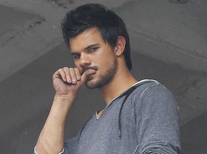 Taylor Lautner : il va jouer une star du X !