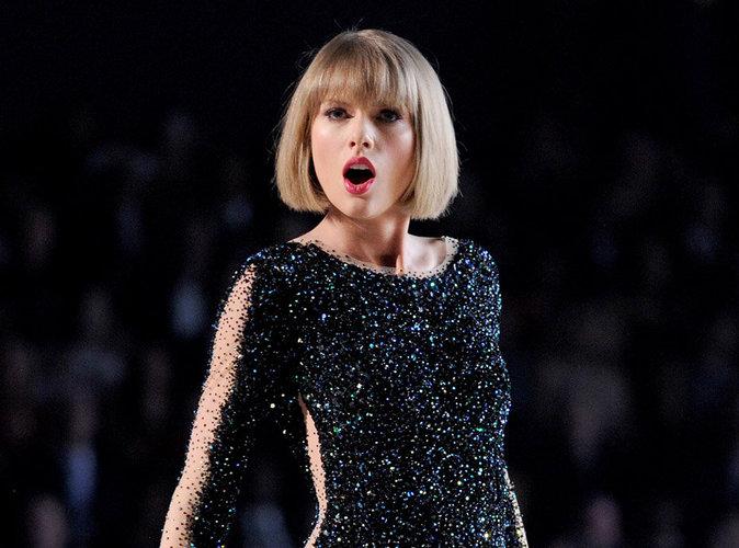 """Taylor Swift : """"Où est la vidéo où Kanye me dit qu'il va me traiter de 'salope' dans sa chanson?"""""""