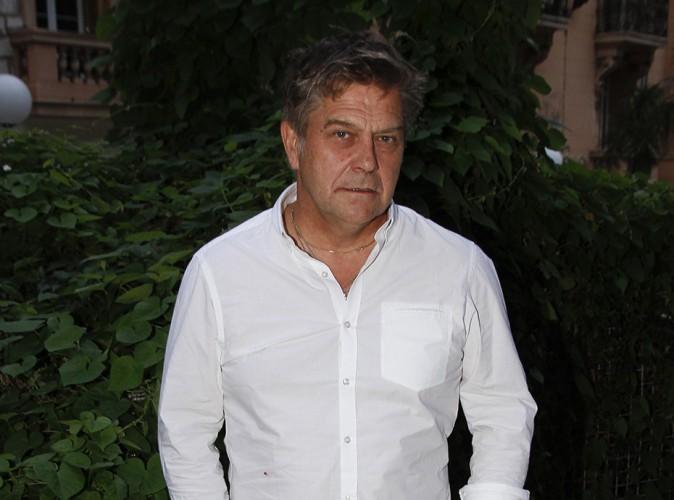 """Thierry Redler : l'acteur de la série """"Les Filles d'à côté"""" entre la vie et la mort..."""