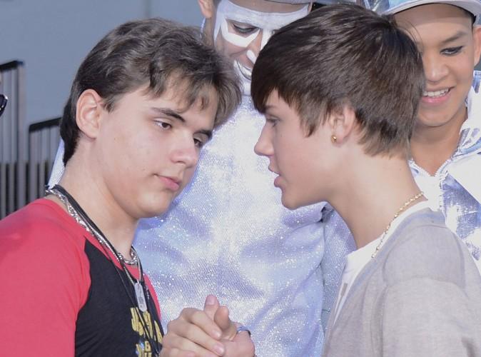 Un duo Michael Jackson - Justin Bieber vous en reviez ? Et bien c'est (presque) chose faite !