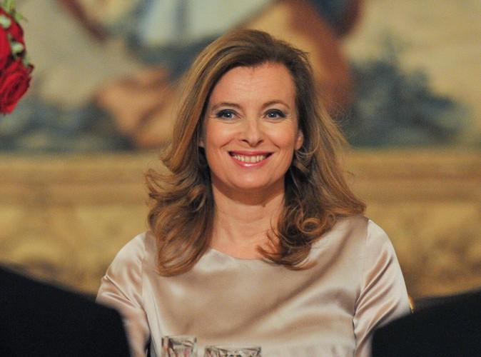 Valérie Trierweiler : les éditeurs lui proposent 500 000 euros pour écrire un livre vérité !