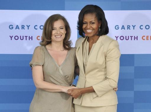 """Valérie Trierweiler remercie Michelle Obama sur Twitter pour son """"accueil chaleureux"""" !"""