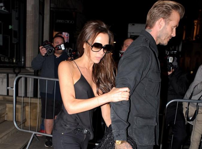 """Victoria Beckham éméchée : """"Non, elle ne s'est pas fait pipi dessus"""" !"""