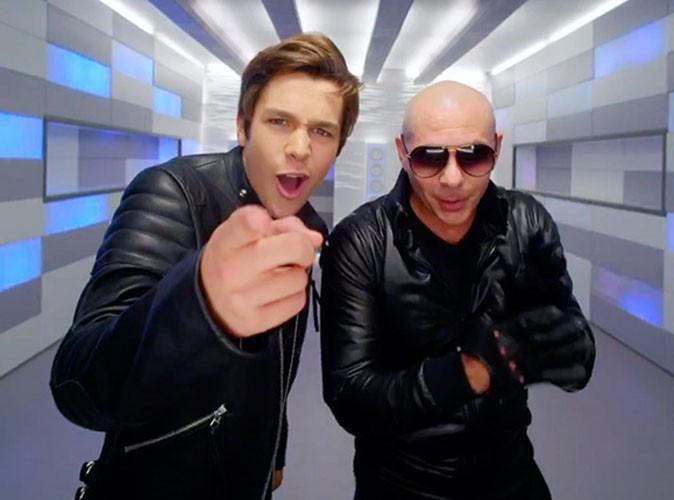 """Vidéo : Austin Mahone : il dévoile le clip de """"MMM Yeah"""" son featuring avec Pitbull !"""