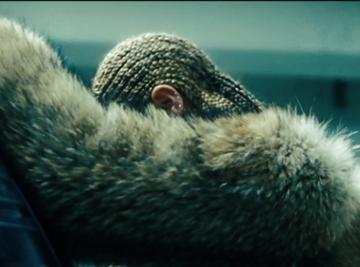 Vidéo : Beyoncé a-t-elle annoncé la sortie d'un nouveau film-album ?