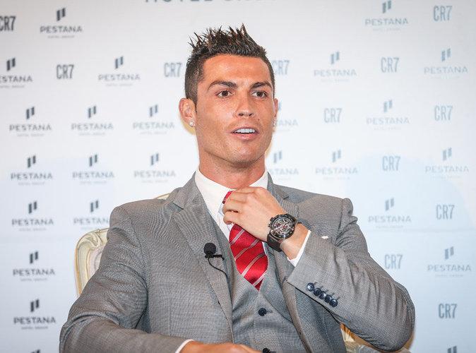 Vidéo : Cristiano Ronaldo vous fait visiter sa luxueuse maison