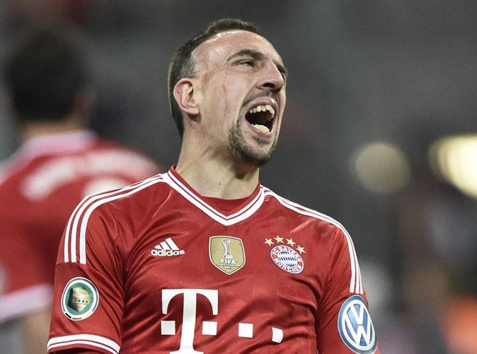 Vidéo : Franck Ribéry : un sportif au sang chaud qui gifle à nouveau un adversaire !