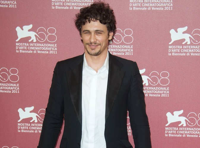 Video : James Franco, dans un état second, danse sur du Rihanna !