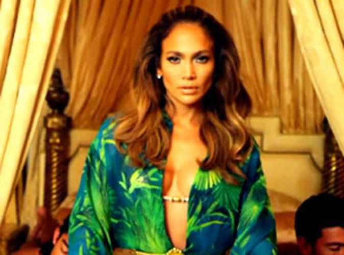 """Vidéo : Jennifer Lopez : en mode flashback pour le clip de """"I Luh Ya Papi"""" !"""