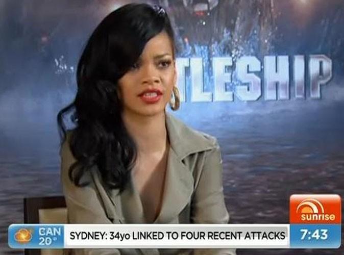 Vidéo : Rihanna : agacée qu'on lui pose des questions sur Ashton Kutcher et sa vie amoureuse, elle met fin à une interview !