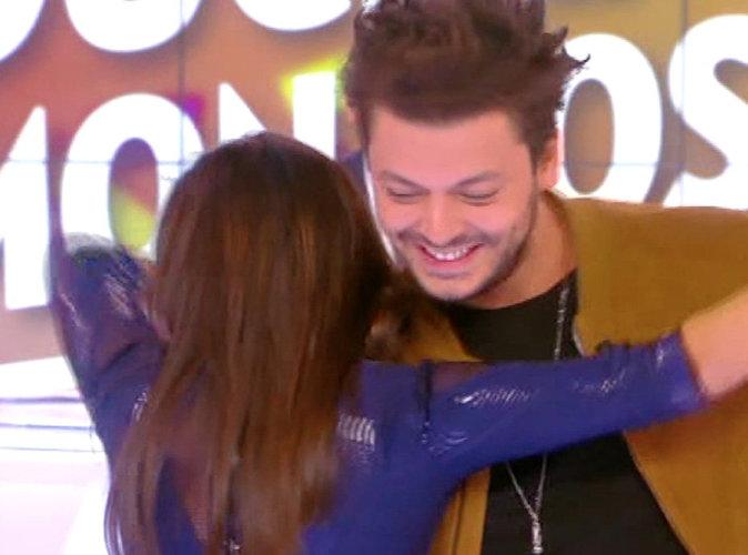 Vidéos : Kev Adams partage une danse sexy avec Erika Moulet... Avant de s'incruster chez TF1 !