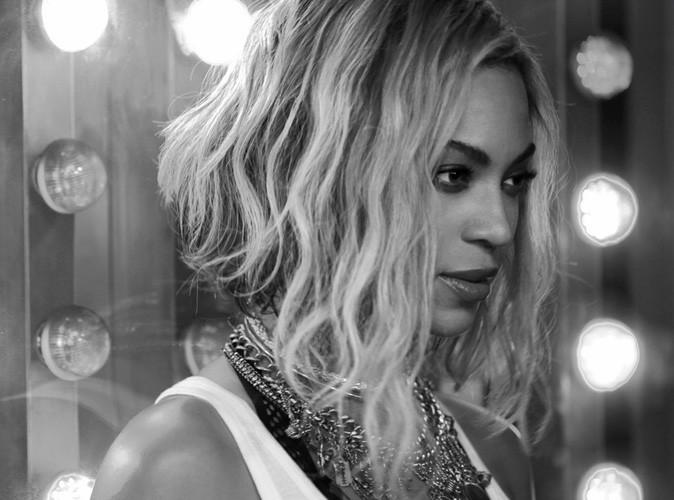 """Vidéo : Beyoncé : elle pulvérise des records avec son nouvel opus et dévoile le clip de """"XO"""", premier extrait officiel !"""