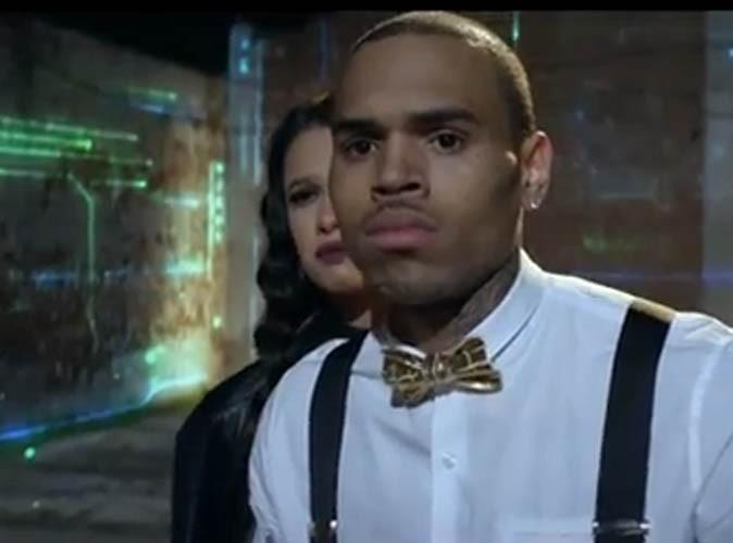 """Vidéo : Chris Brown se bat pour son amour interdit dans le clip de """"Fine China"""" !"""
