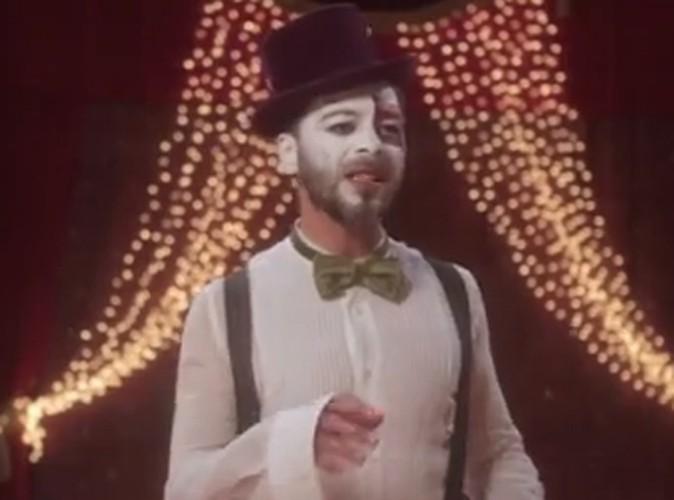 """Vidéo : Christophe Maé : il nous emmène au cirque pour le clip de """"Je veux du bonheur"""" !"""