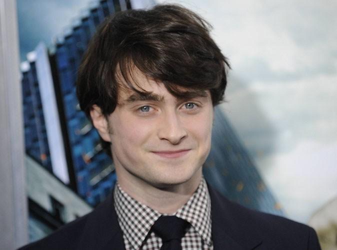 """Vidéo : Daniel Radcliffe prêt à se lancer dans le """"stand up"""" ?"""