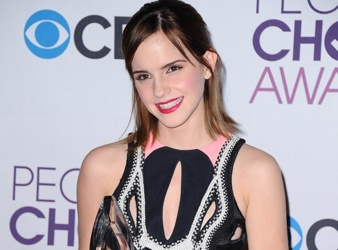 Vidéo : Emma Watson se métamorphose en Paris Hilton !
