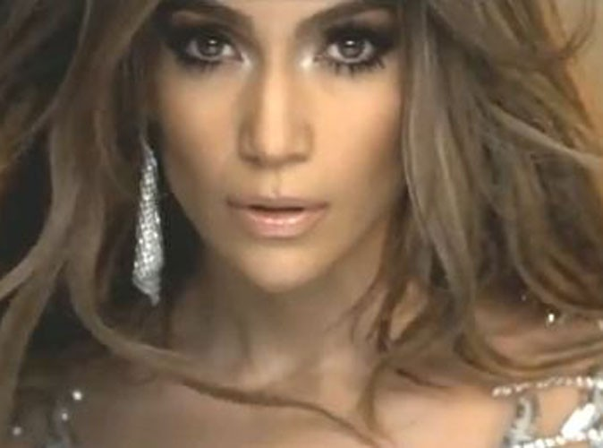 "Video : Jennifer Lopez : découvrez son nouveau clip ""On The Floor"""