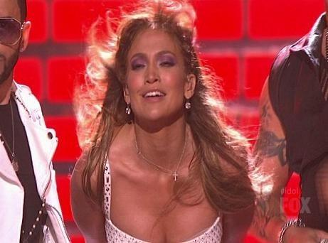 Vidéo : Jennifer Lopez et Rihanna : deux bombas qui ont mis le feu lors de la finale d'American Idol !