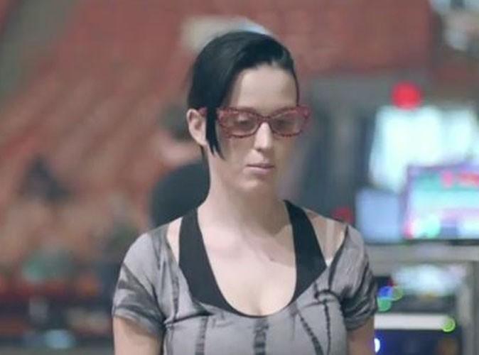 Video : Katy Perry, au naturel, vous invite dans les coulisses de son show !